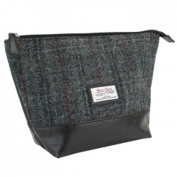 Berneray Tartan Washbag - British Bag Company