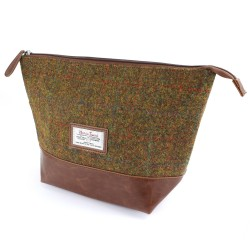 Harris Tweed Stornoway Wash Bag - British Bag Company